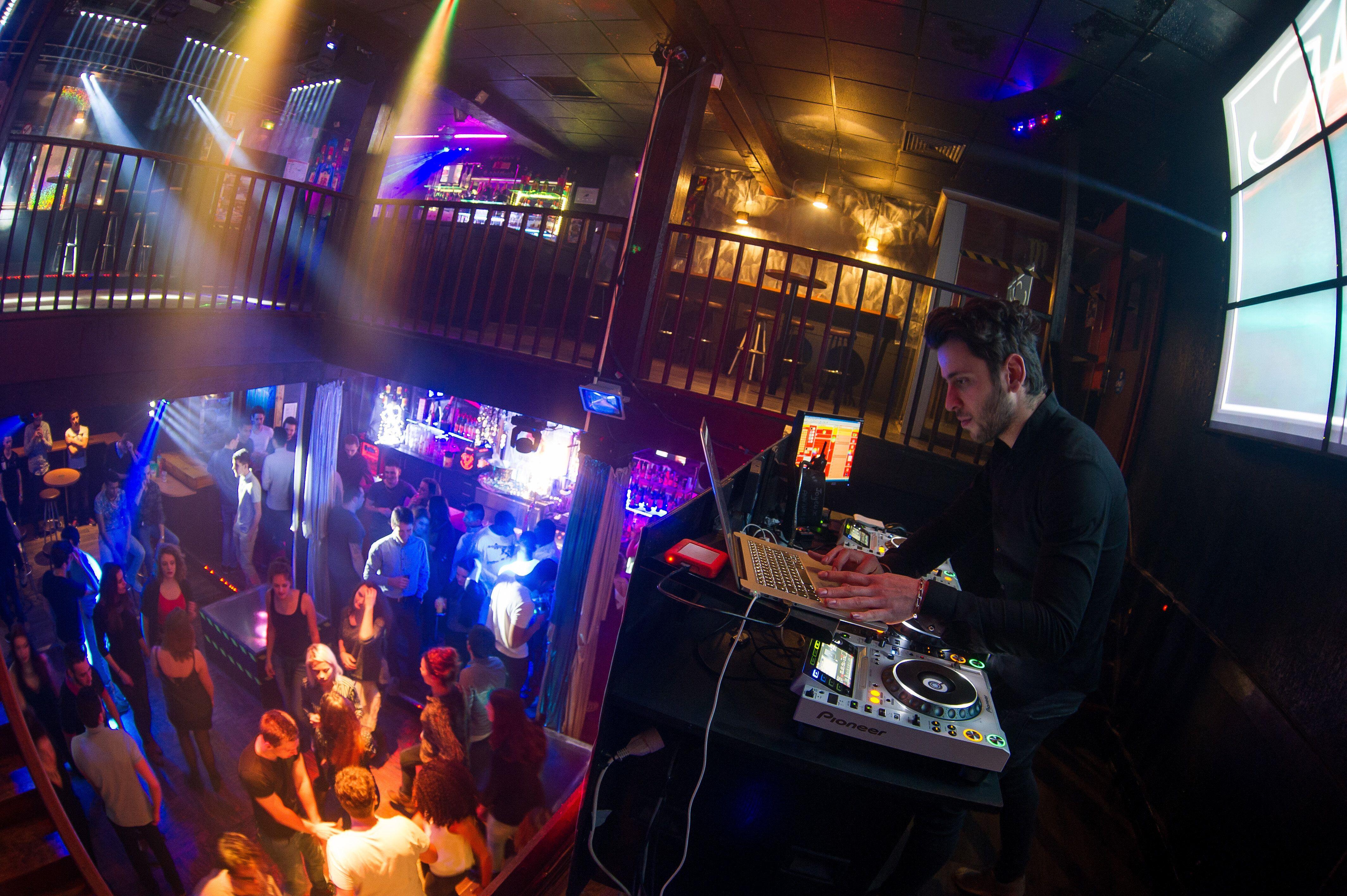 Jusqu'à 15.000€ d'aides par mois mais toujours pas de réouverture pour les discothèques...