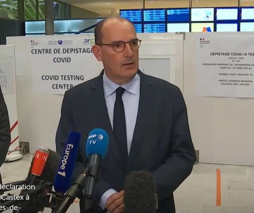 Jean Castex lors de sa visite à l'aéroport de