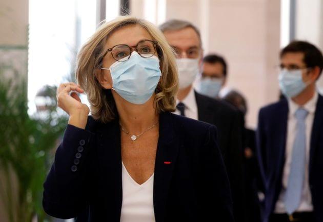 Valérie Pécresse, ici lors d'une conférence de presse au ministère des Transports en mai 2020, a annoncé...