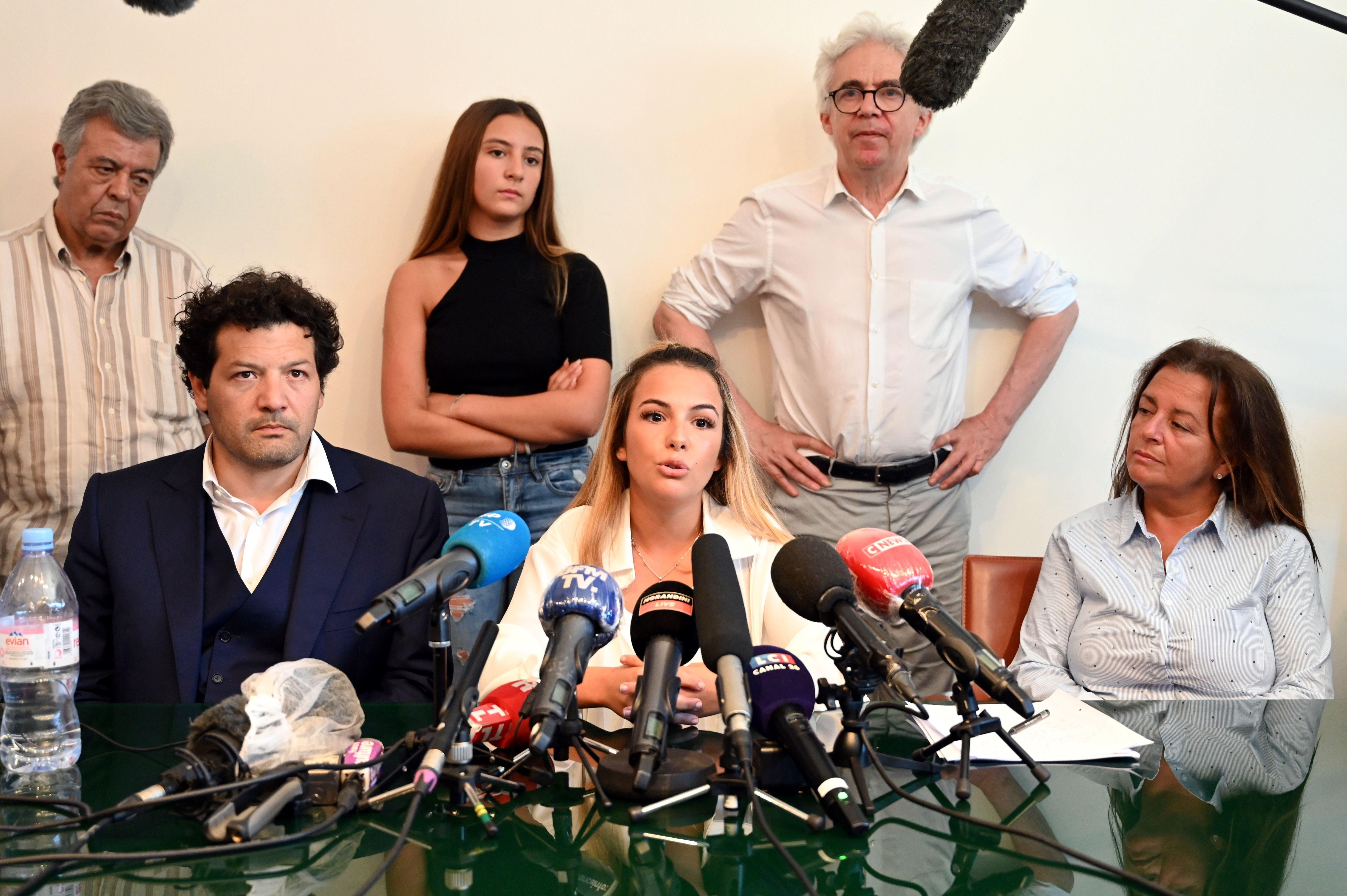 La famille et les avocats de Cédric Chouviat (ici au cours d'une récente conférence...