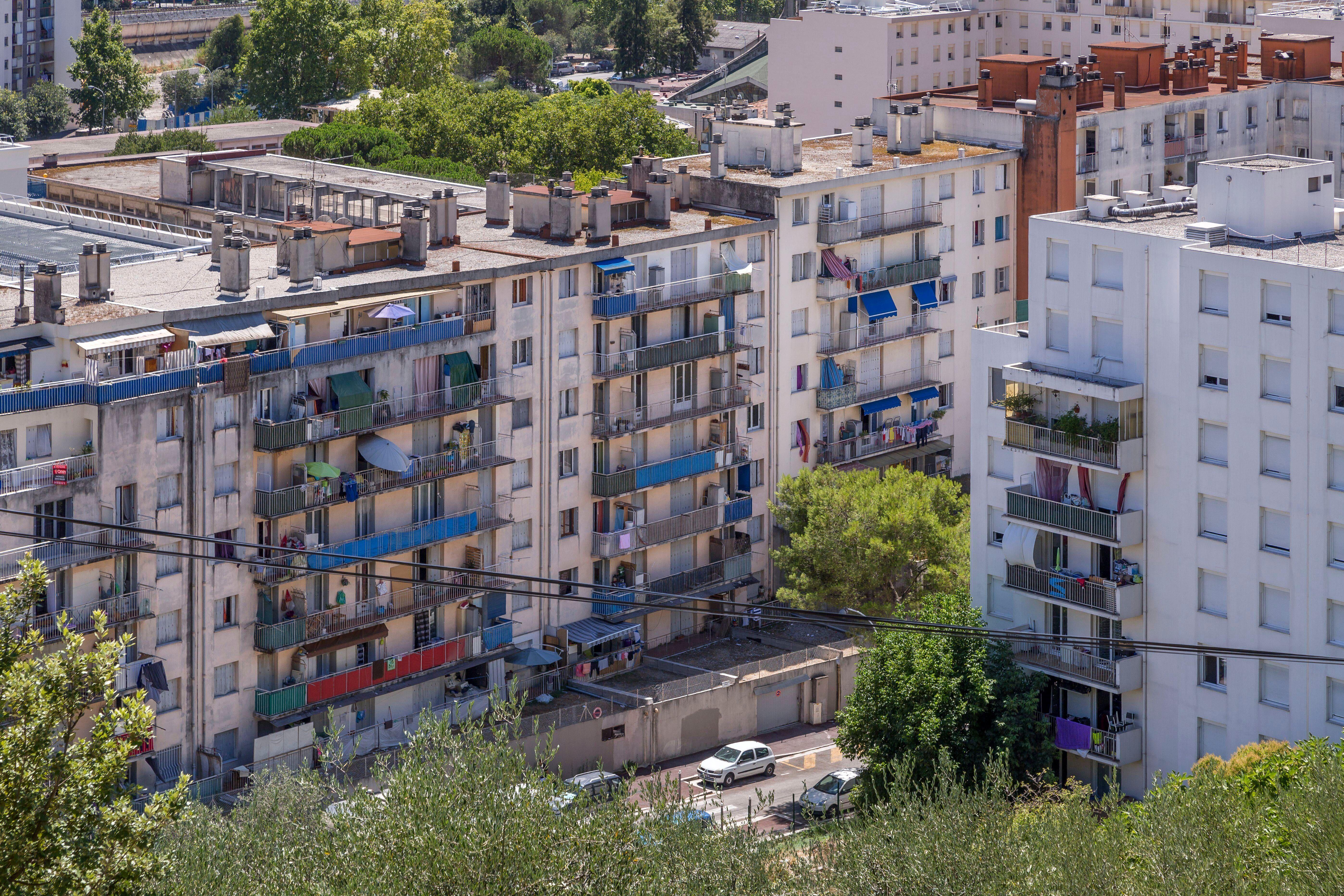 C'est dans le quartier sensible de l'Ariane, à Nice, qu'un jeune homme a été retrouvé...