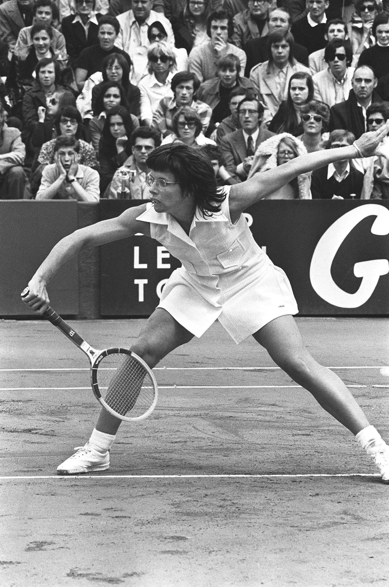 Billie Jean King, championne de tennis, ici le 4 juin 1972 lors du tournoi de Roland Garros à