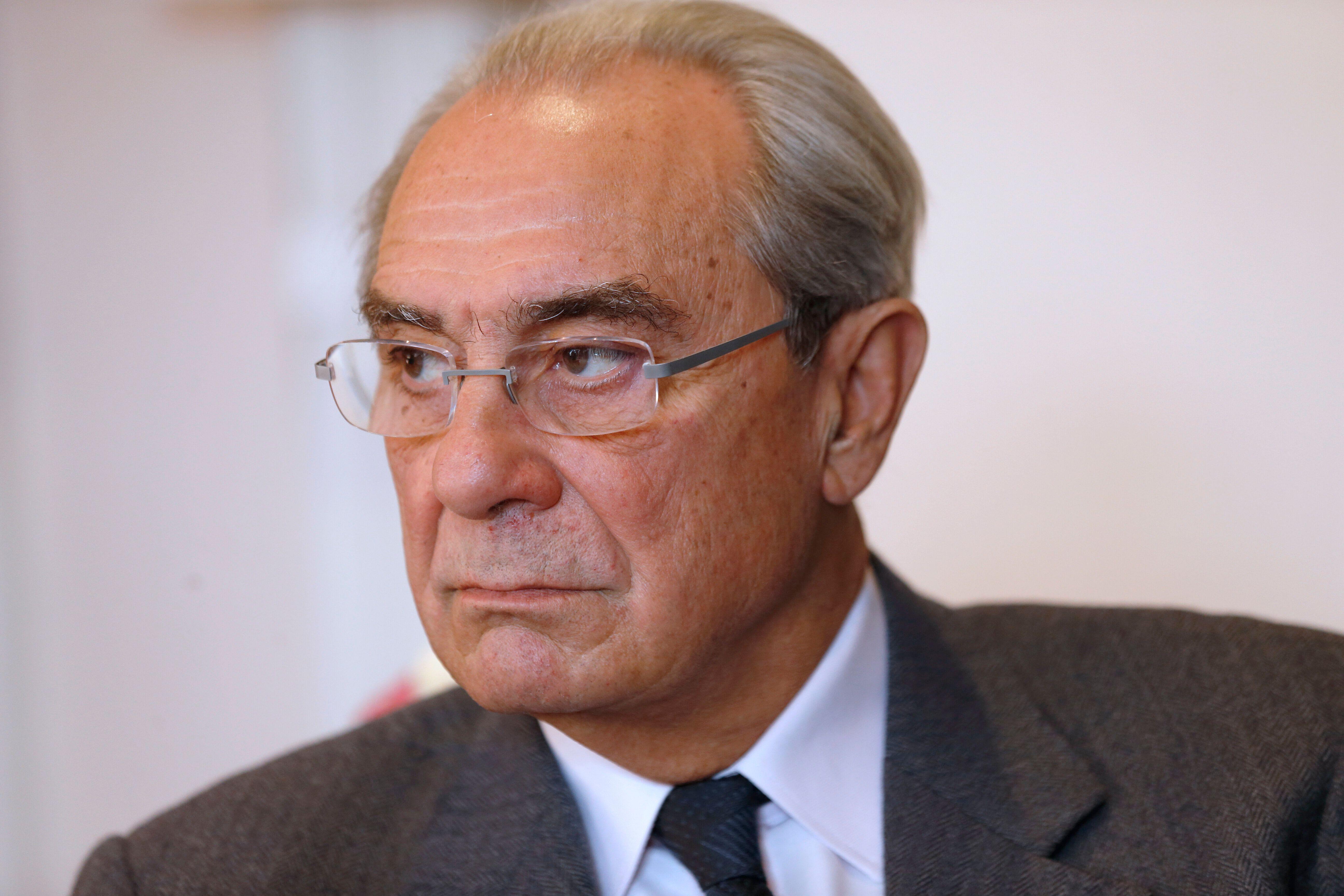 L'ancien ministre Bernard Debré (ici en 2013), fils de Michel et jumeau de Jean-Louis, est