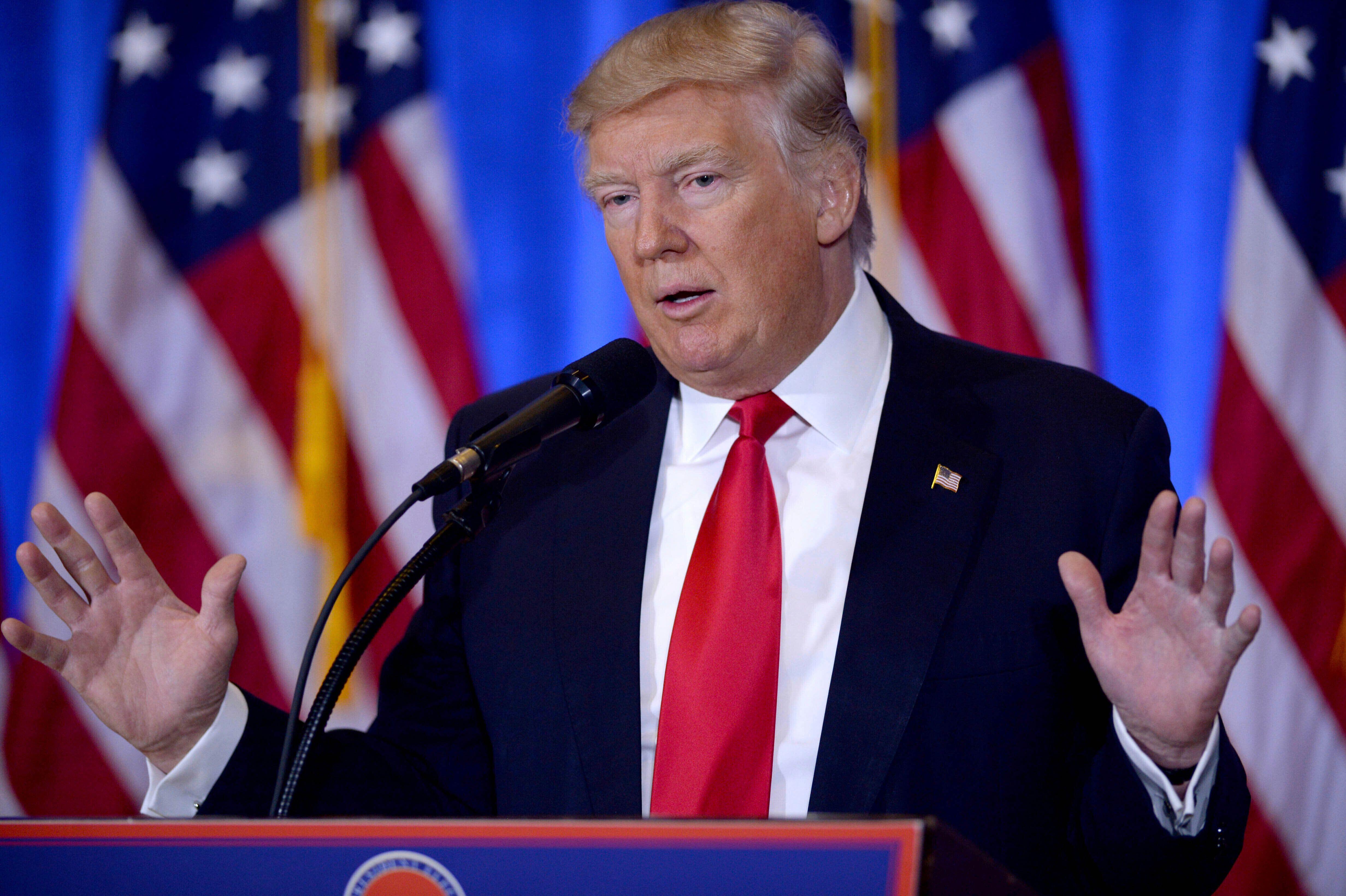 Donald Trump en conférence de presse le 8 octobre 2020 avant le deuxième débat présidentielle...