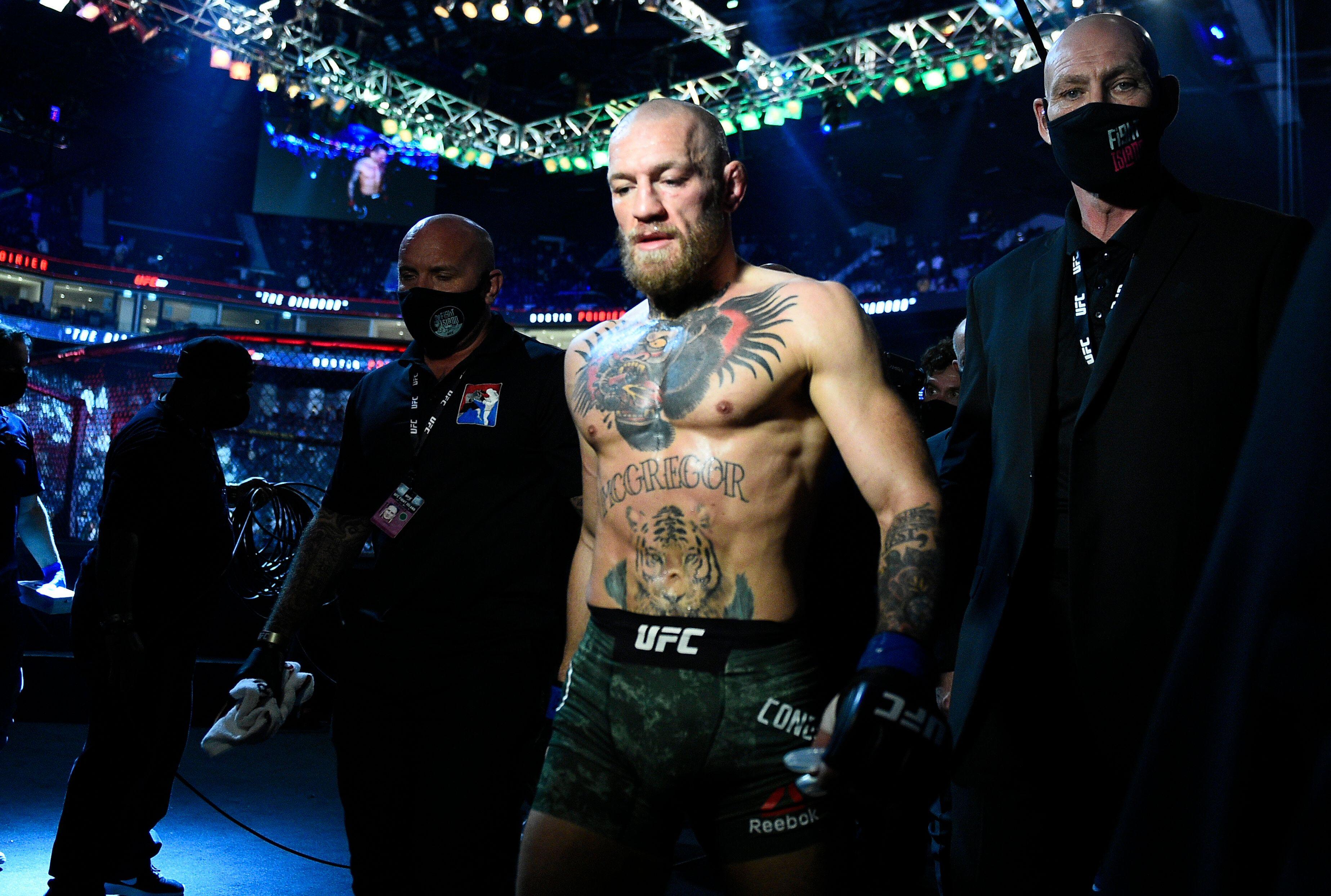Ce 24 janvier, l'Irlandais Conor McGregor a été sèchement battu par Dustin Poirier...