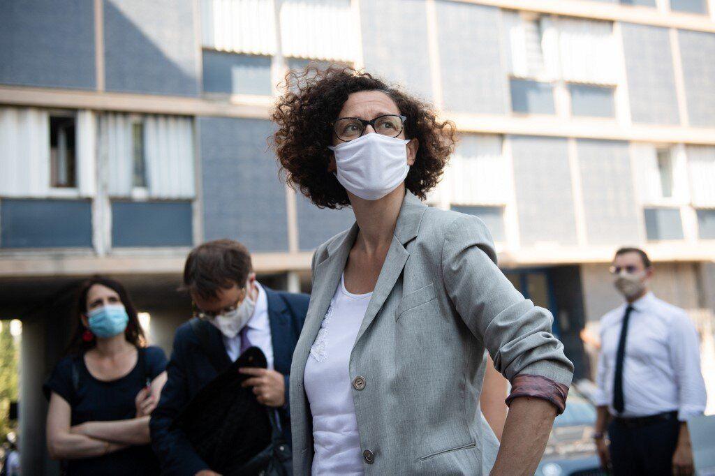 Emmanuelle Wargon, ici lors d'une visite des logements sociaux