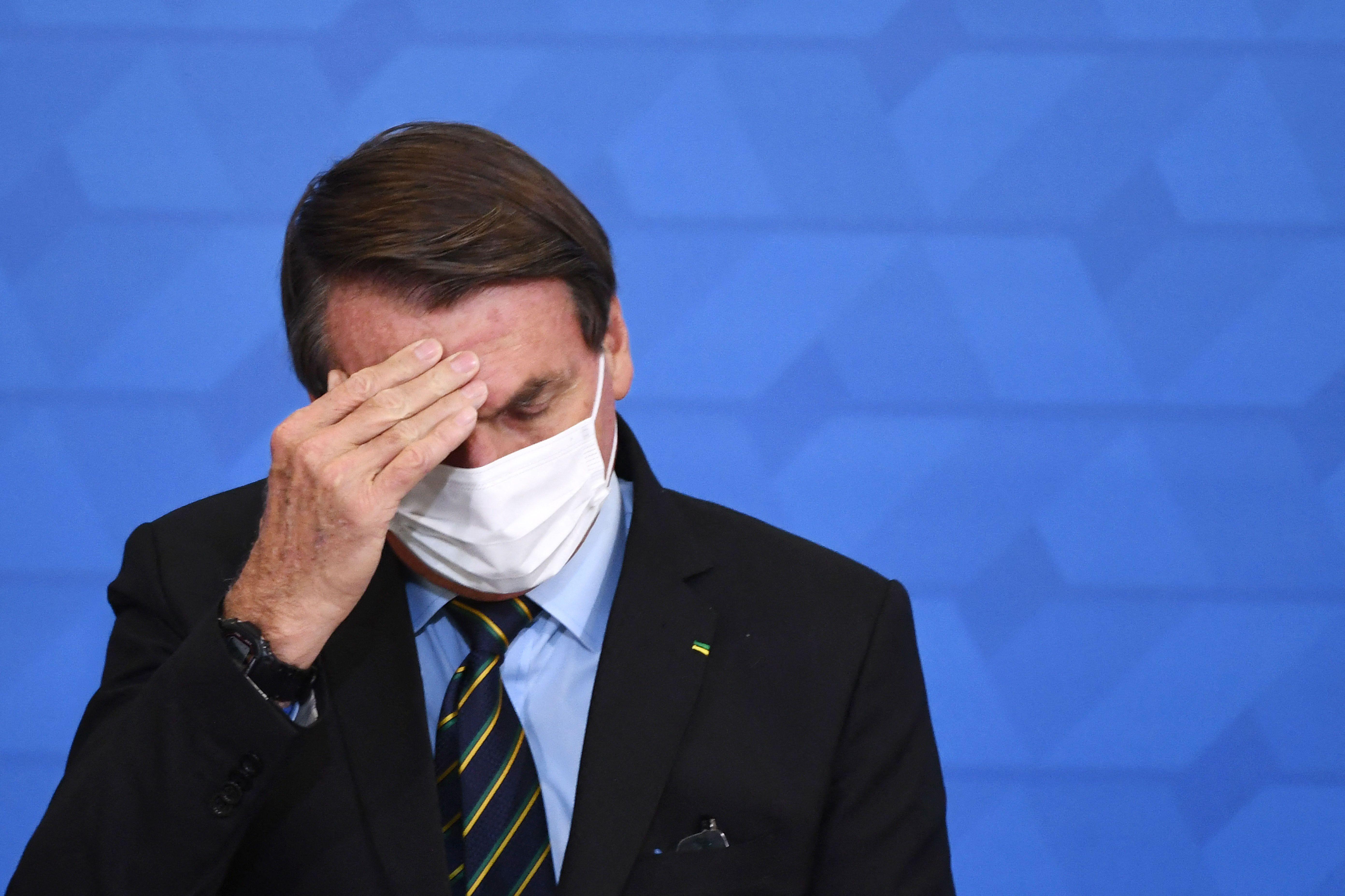 Bolsonaro s'exprimait le 25 mars 2021 sur les nouvelles mesures pour endiguer la propagation du Covid-19...
