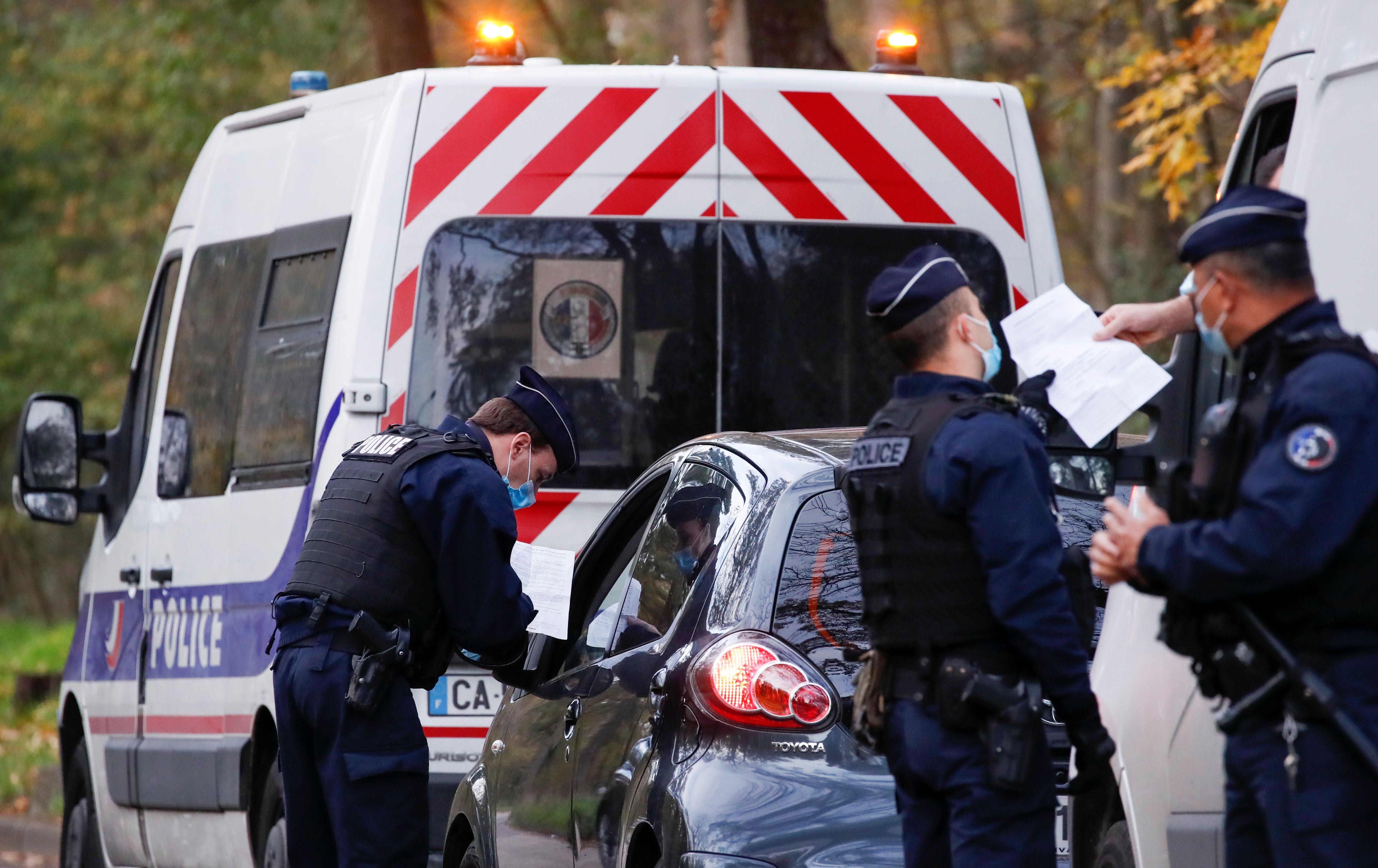 Depuis lundi 5 avril, 19 heures, les mesures sanitaires liée au 3e confinement annoncé par Emmanuel Macron...