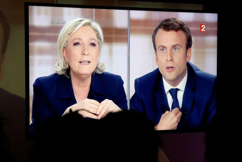 Le débat de l'entre-deux-tours de l'élection présidentielle entre Marine Le Pen et Emmanuel Macron, le...