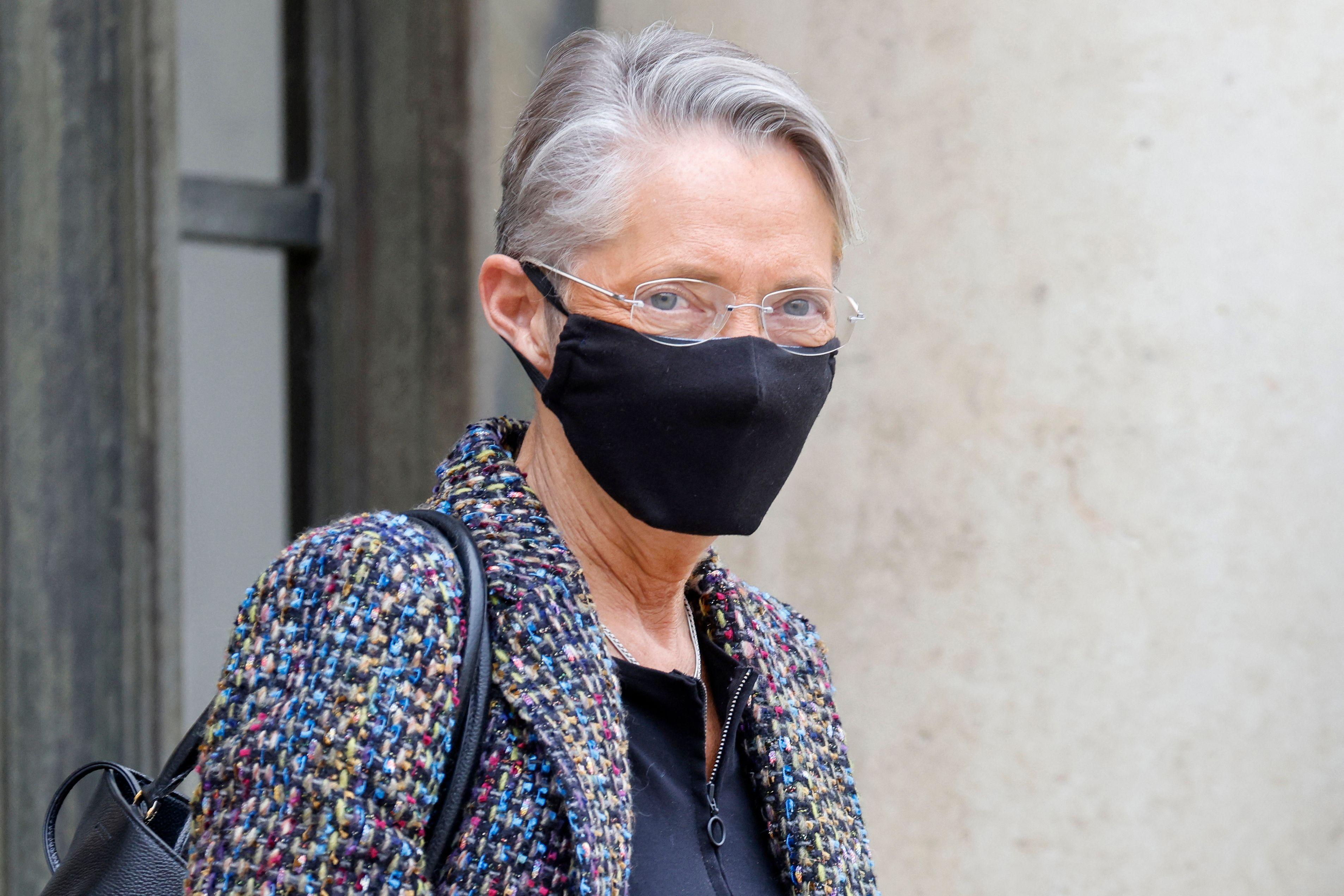 La ministre du Travail Elisabeth Borne à la sortie d'un Conseil des