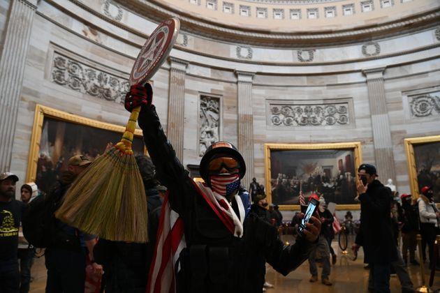 Lors de l'assaut du Capitole à Washington aux États-Unis, le 6 janvier