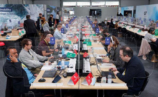 (Photo: le centre de la presse au G7 par Ludovic MARIN /
