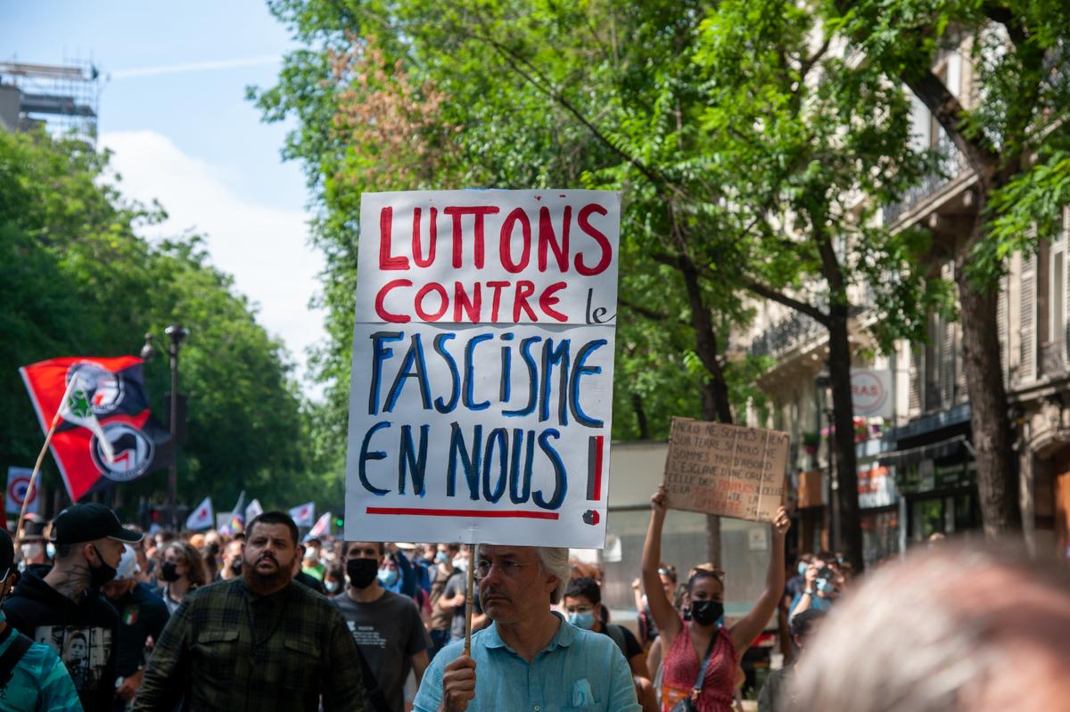 Pas sûr que tout le monde ait un fasciste en lui... - ©Reflets