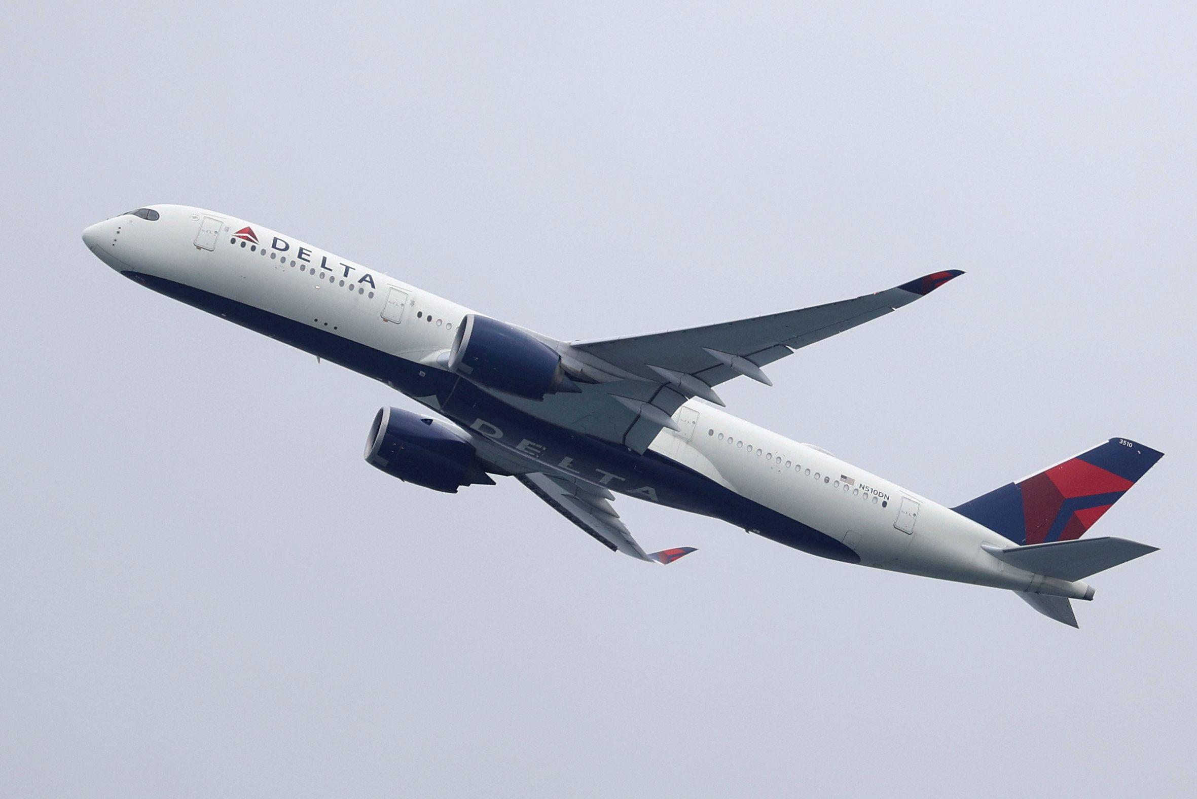 Un avion de la compagnie Delta décolle de Sydney, le 28 octobre