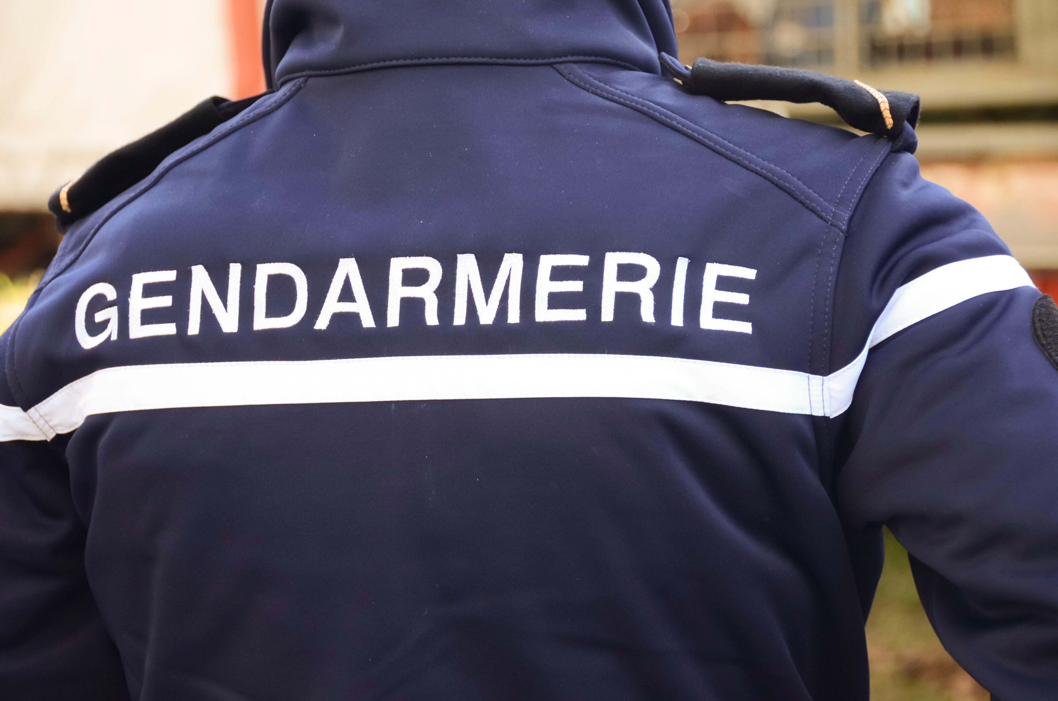 À Gréolières, dans le Var, une vaste opération pour retrouver le suspect d'un