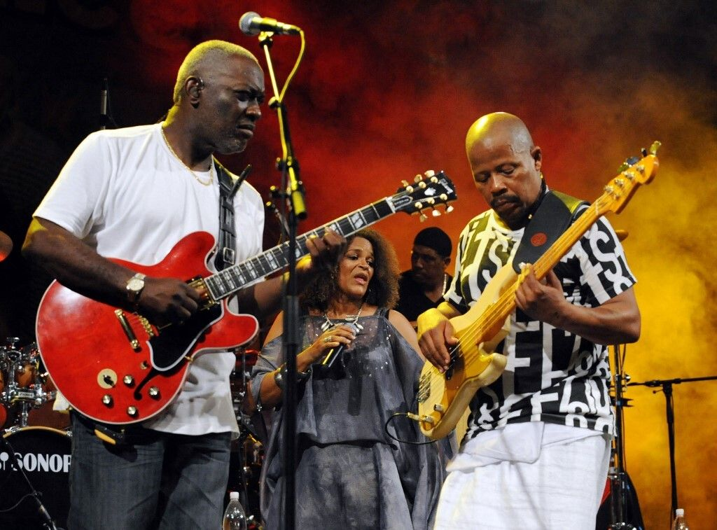 Le groupe Kassv' lors d'un concert à Abidjan le 1er mai
