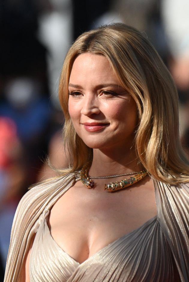 Festival de Cannes 2021: Virginie Efira a illuminé le tapis