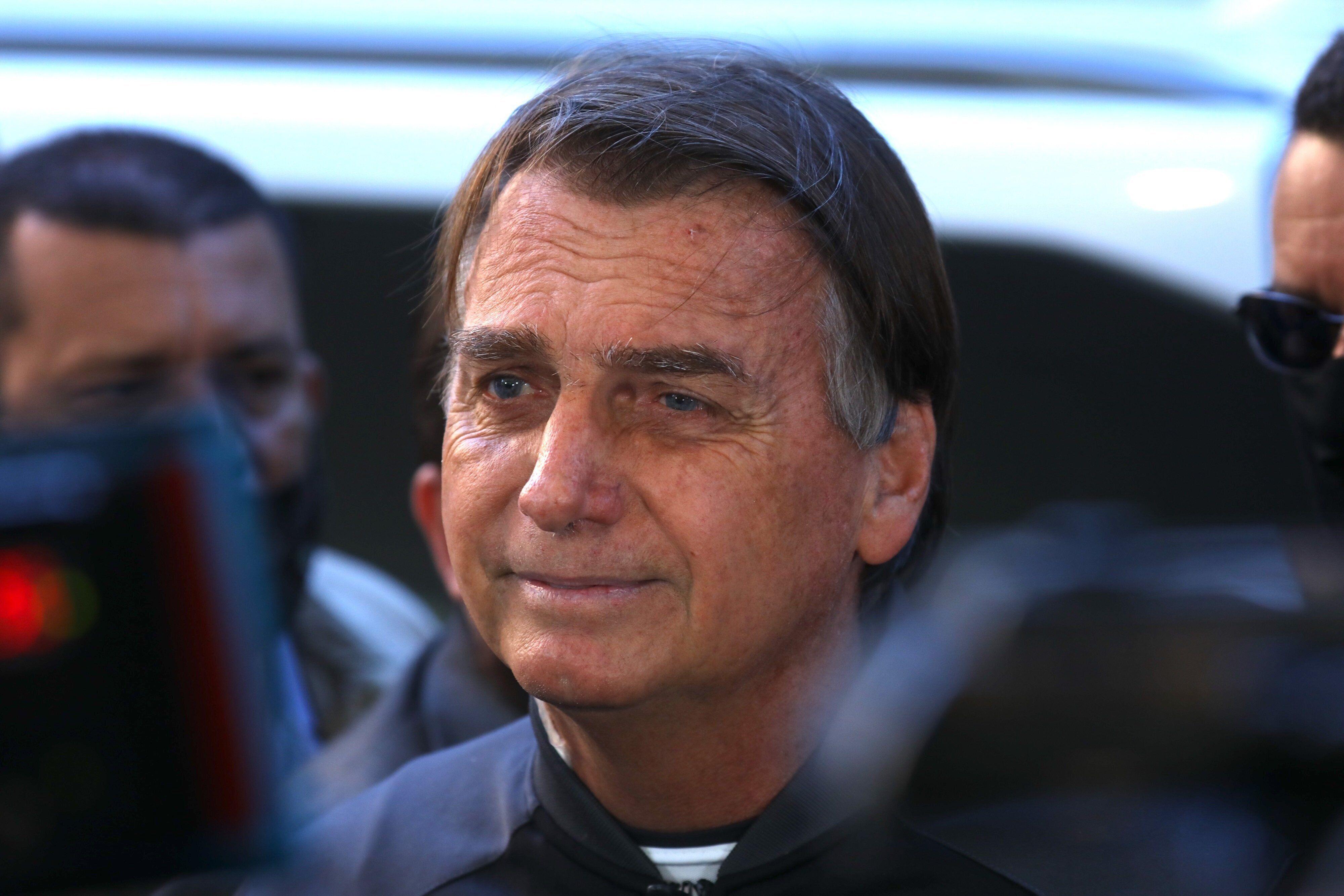 Jair Bolsonaro est sorti ce dimanche de l'hôpital où il avait été admis...