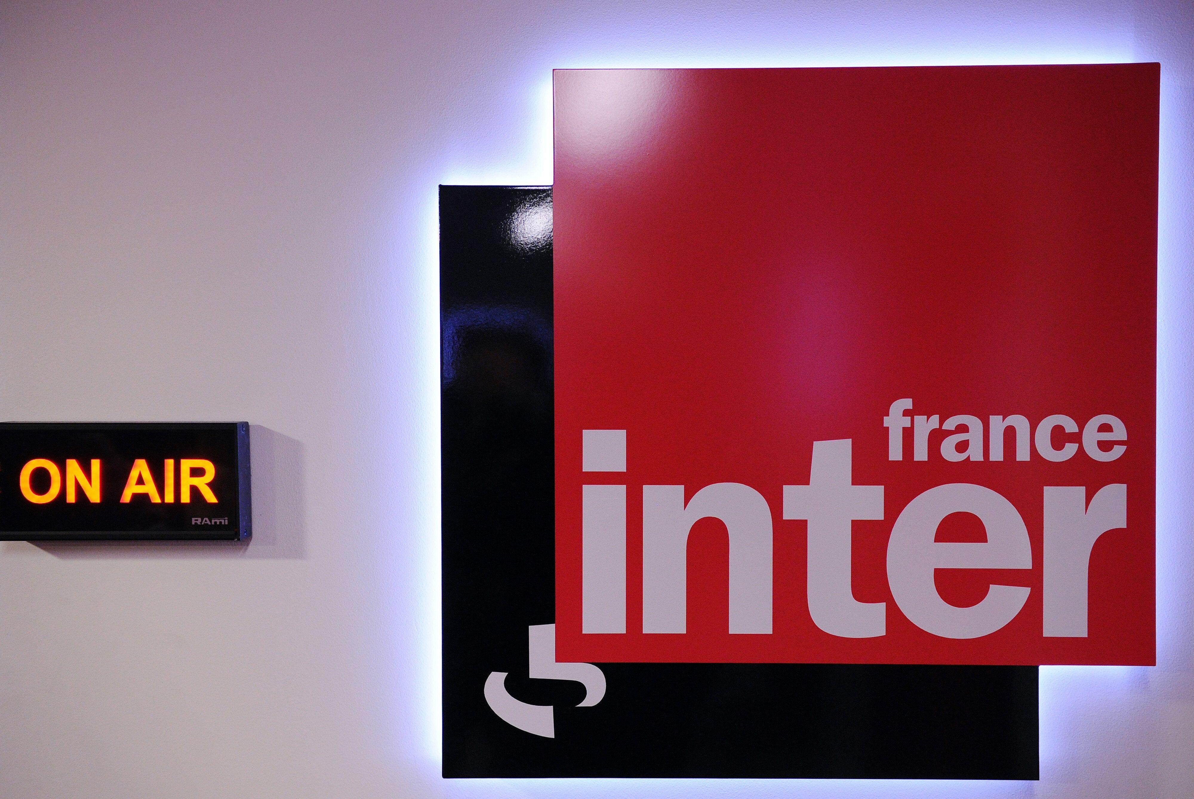 La radio France Inter connaît un net recul du nombre de ses auditeurs au printemps 2021, mais reste...