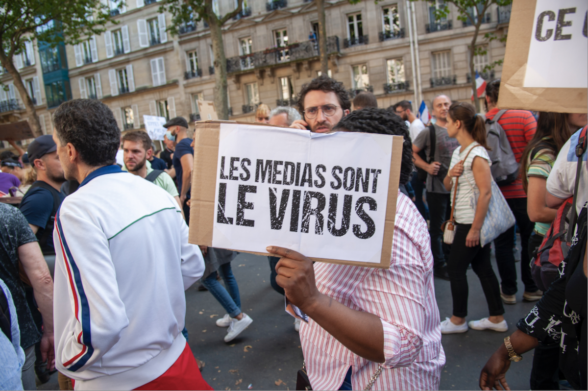 #LesMédias, ces méchants... - Reflets - CC