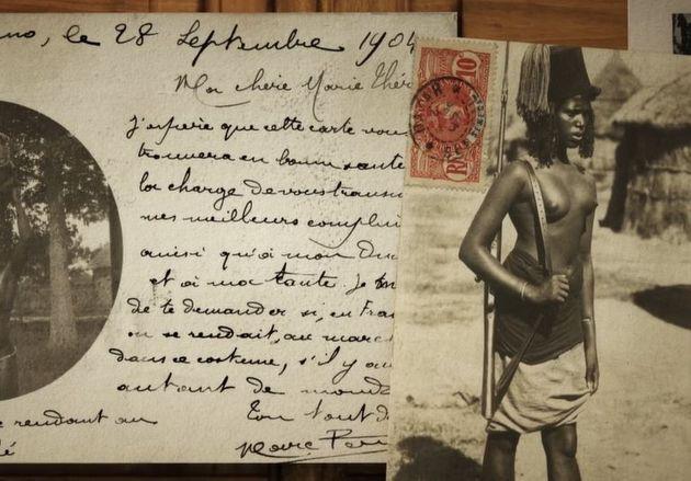 Une carte postale envoyée en 1904 vers la France et sur laquelle figure une femme noire